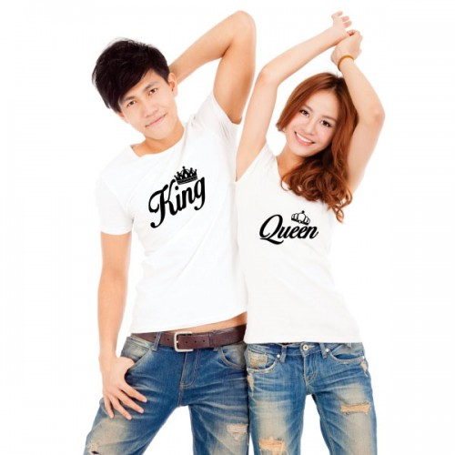 Giftsuncommon - King And Queen Couple T Shirt