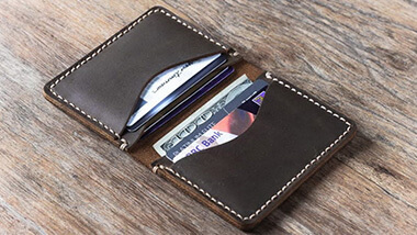 Giftsuncommon Card Holder